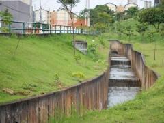 Canalização do Córrego